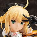 Type-Moon Racing&GOOD SMILE Racing Saber・Lily 赛车女郎Ver.