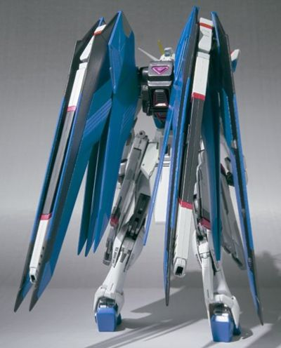 METAL BUILD 机动战士高达SEED ZGMF-X10A 自由高达